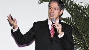 Nando Carvalho